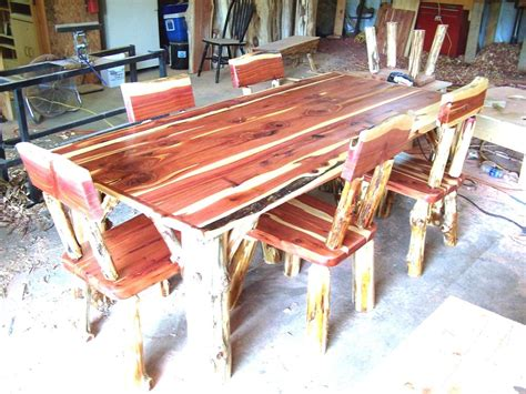 log table and chairs dining room set rustic red cedar hancrafted log furniture