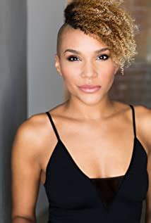 Emmy Raver-Lampman - Age, Bio, Faces and Birthday