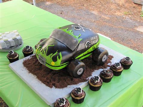gravedigger monster truck cakecentralcom