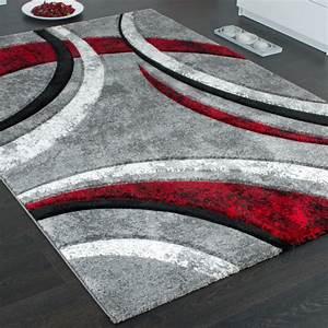 tapis design a contours motif ligne mouchete gris noir With tapis rouge gris noir