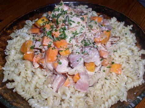 recette avec du boursin cuisine pâtes lardons et boursin passe moi ta recette