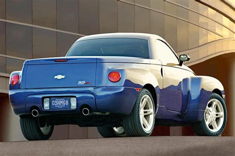 2005 Chevrolet Ssr Reviews, Specs And Prices