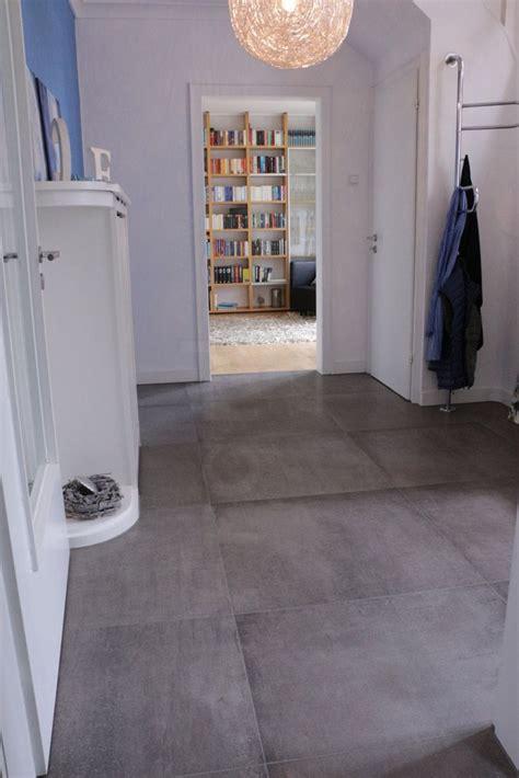 badezimmer holzfliesen die 25 besten ideen zu fliesen betonoptik auf