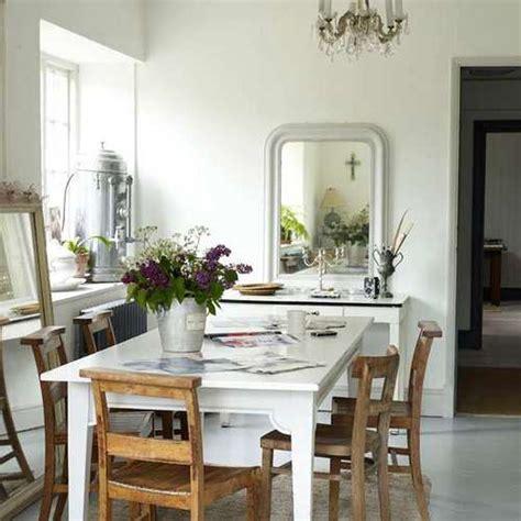 foto idea decoracion  espejos   pequeno comedor
