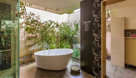 16 Zen Inspired Bathroom Designs