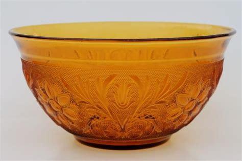 vintage tiara indiana sandwich pattern glass large salad bowl
