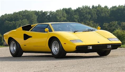 The Top 10 Luxury Sports Cars Of The 1970s