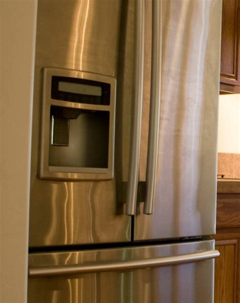 Maker Leaking Water On Floor by Refrigerator S Maker Leaking Water Thriftyfun