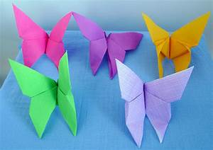 Pliage En Papier : pliage de serviette de table en forme de papillon ~ Melissatoandfro.com Idées de Décoration