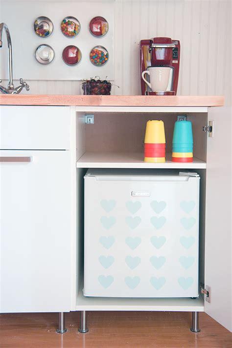 Build A DIY Mini Kitchen For Under $400 ? Handmade Charlotte