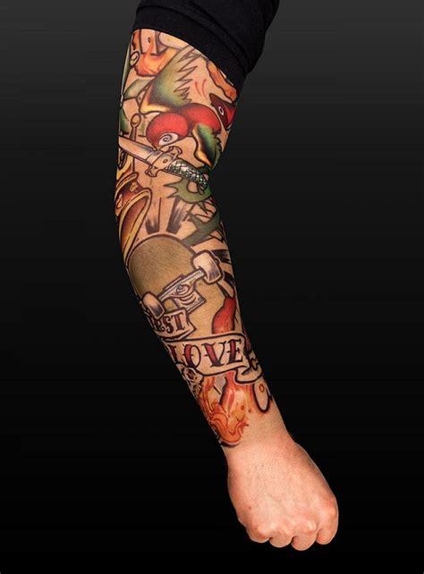 Le Tatouage Manchette Femme Peut être Multicolore, Floral