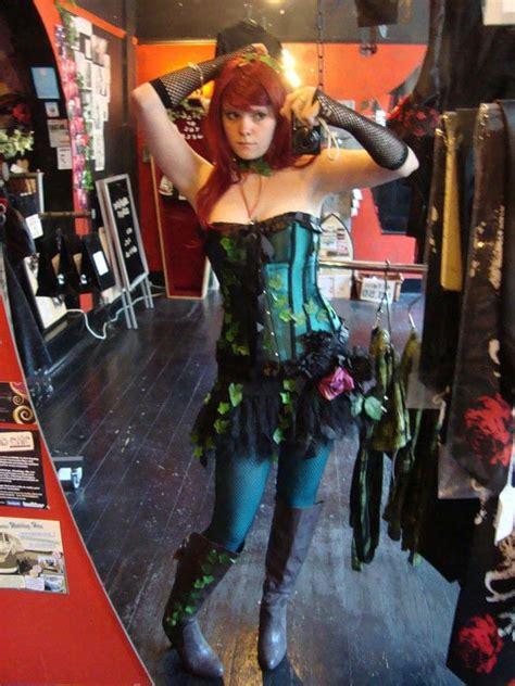 poison ivy cosplay costume     superhero