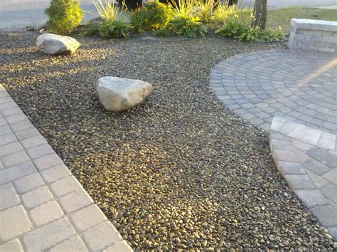 Gravel Yard by Gravel Landscape Pros Of Gravel For Landscaping