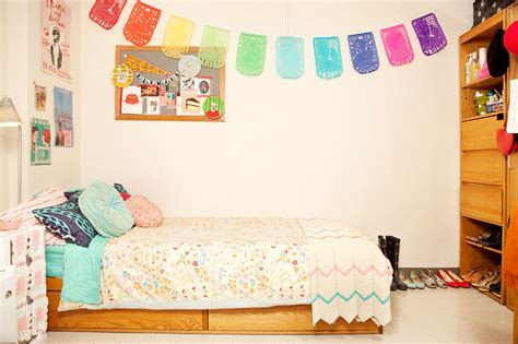 Tour College Student Gabby Noone's Dorm Room