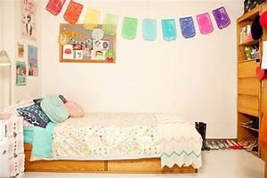 Tour College Student Gabby Noone's Dorm Room   Teen Vogue