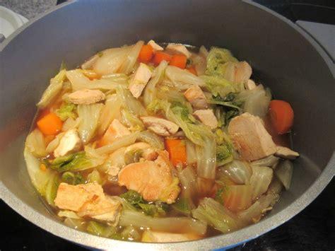 cuisiner le chou chinois marmiton potée de chou chinois et poulet diet délices