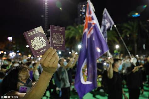 Hong Kong: China threatens to stop recognising BNO ...