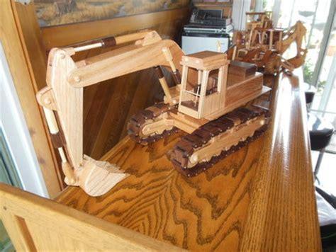 toys  joys excavator project  dee  lumberjocks