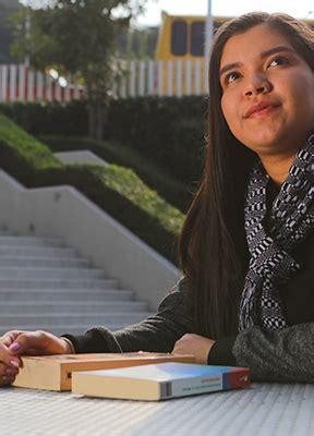 Los becarios de la fundación bbva se integran a la ruta del éxito, que consiste en un acompañamiento integral desde la secundaria hasta la universidad. Becas BBVA para Chavos que Inspiran - Fundación BBVA