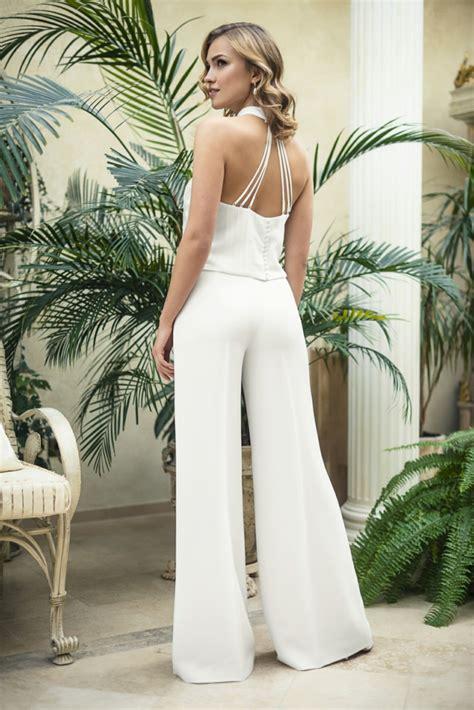 combinaison blanche mariage l alternative id 233 ale 224 la robe de mari 233 e traditionnelle