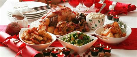 Christmas dinner is a meal traditionally eaten at christmas. How Many Calories the Average American Eats on Christmas ...
