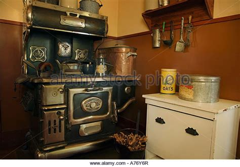 old fashioned kitchens old fashioned kitchens impressive