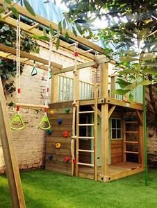 Gartengestaltung Mit Holz : coole gartengestaltung mit einem spielhaus aus holz mit kletterwand garten pinterest ~ One.caynefoto.club Haus und Dekorationen