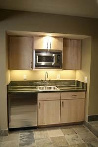 basement kitchen ideas 25+ Best Ideas about Basement Kitchenette on Pinterest ...