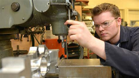 engineering workshops school  engineering