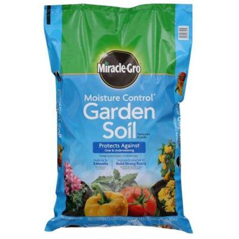 miracle gro moisture garden soil miracle gro 1 5 cu ft moisture garden soil