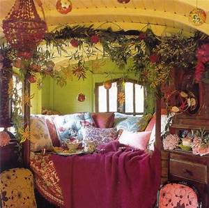 Dishfunctional Designs: Dreamy Bohemian Bedrooms: How To