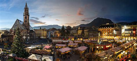 banchetti di natale bolzano weihnachtsmarkt bozen christkindlmarkt bozen