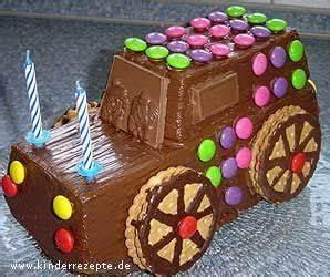Kindergeburtstag Kuchen Einfach : die besten 25 auto kuchen ideen auf pinterest auto geburtstagstorten auto geformter kuchen ~ Frokenaadalensverden.com Haus und Dekorationen