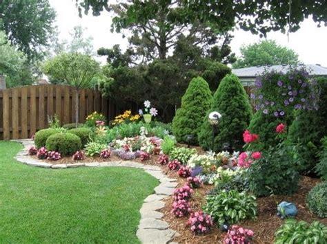 Backyard Garden Florist by Best 25 Edging Ideas On Border