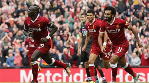 sadio mane punishes profligate christian benteke as liverpool beat palace premier league 2017