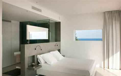 chambre avec salle de bain et dressing dressing dans une chambre chambre dressing 4 vantaux