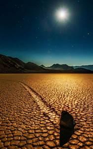 Download Sunny Desert Stone Free Pure 4K Ultra HD Mobile