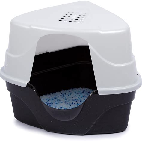 covered litter box nature 39 s miracle advanced corner hooded cat litter box petco