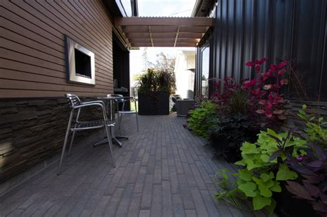 Creative Outdoor Living Spaces Large And Small Patio