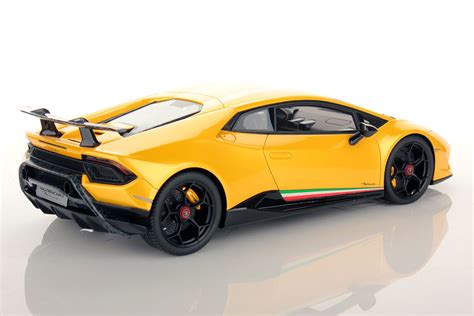 yellow lamborghini lamborghini huracan performante 1 18 mr collection models