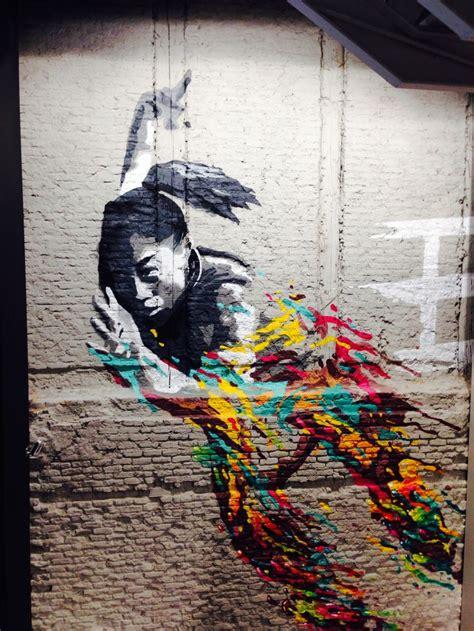 allyson felix graffiti  nike store serrano madrid