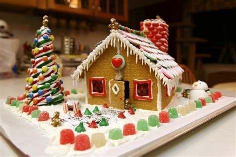 how to make a christmas gingerbread house step by step