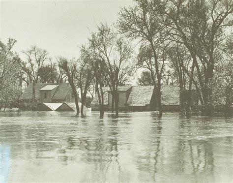 scenes    flood flood   century