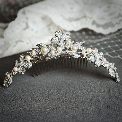 17 Best Ideas About Wedding Tiara Veil On Pinterest