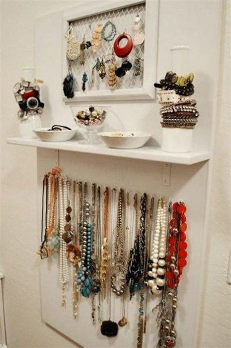 70 Stylish And Easy Jewelry Organization  Comfydwellingcom. Costume Ideas For Sisters. Autumn Entryway Ideas. Bathroom Design Ideas Without Bathtub. Breakfast Ideas Reddit. Light Kitchen Color Ideas. Kitchen Before And After. Backyard Designs With Little Grass. Halloween Costume Ideas Zombie Bride