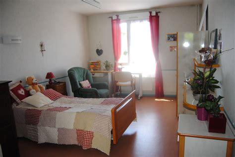 chambre de maison de retraite ehpad le fil d 39 argent bray sur seine maisons de retraite