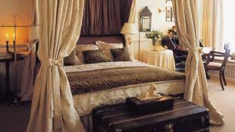 ideas for bedroom with paris and leopard print theme