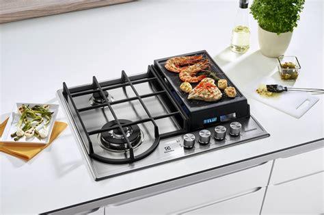 plaque cuisine gaz plaque gaz electrolux egh6349gox inox 4236696 darty