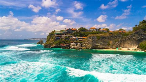 interesting facts  bali beaches facts  indonesia
