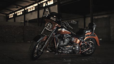 Harley Davidson Motorcycle 4k Ultra Hd Wallpaper